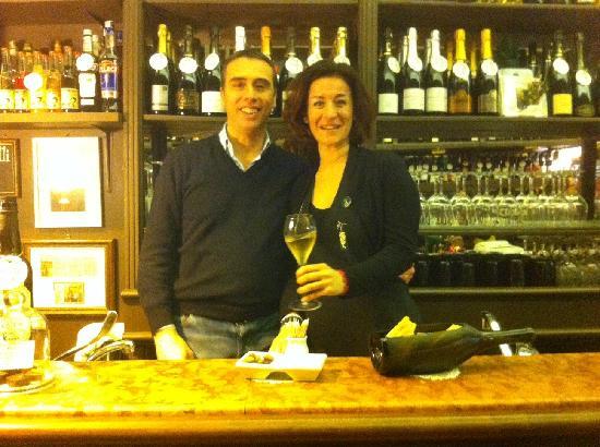 Enoteca Storica Faccioli : Stefano ed Elisa