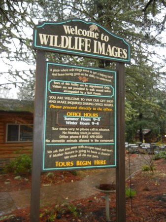 Wildlife Images - Rehabilitation & Education Center : Entrance