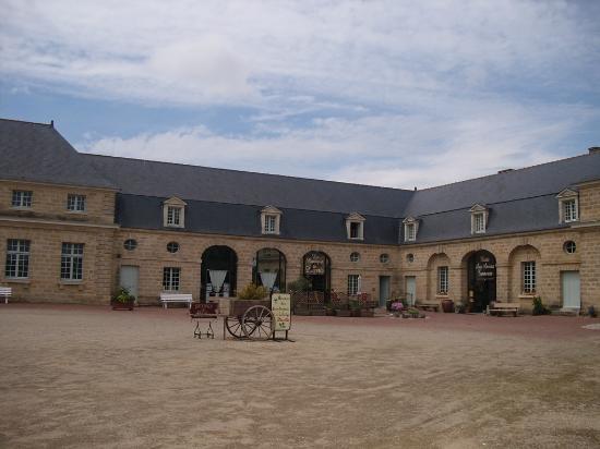 Doue-la-Fontaine, Prancis: Musée des vieux commerces Doué la fontaine