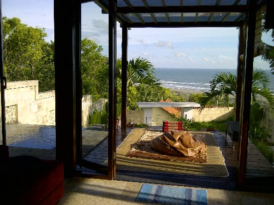 Villa alcheringa parangtritis indonesia review vila for Terrace yogyakarta