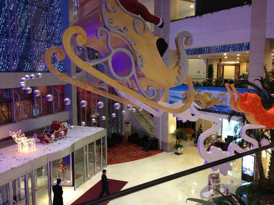 Blue Horizon Hotel (Qingdao Huangdao): Christmas theme
