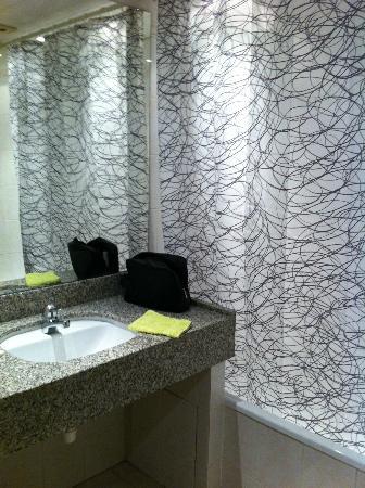 Saphir Hotel: Salle de bain
