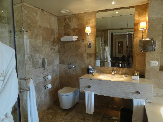 Taj Cape Town: Salle de bain