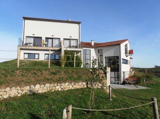 Amada Carlota Hotel Rural: Hotel desde atrás