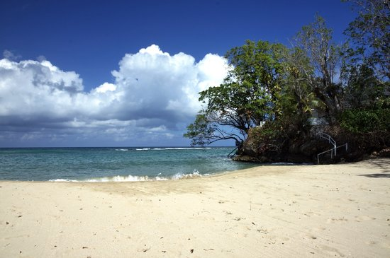Jamaica Inn: Lovely beach