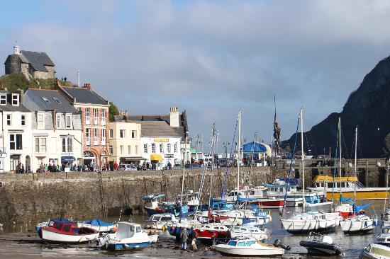 The Collingdale: Ilfracombe Harbour