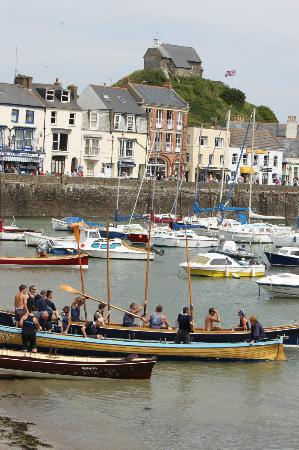 The Collingdale: Ilfracombe Gigg Race