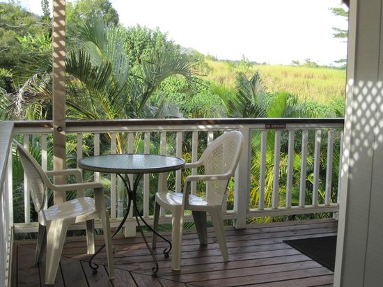 Kauai Banyan Inn: Balcony dining