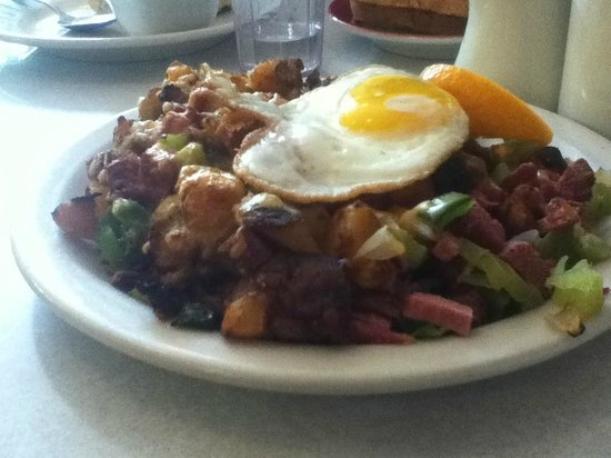 Byways Cafe: Mt Rushmore Hash