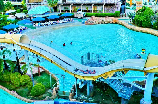Saipan World Resort: Аква-парк с верхней точки
