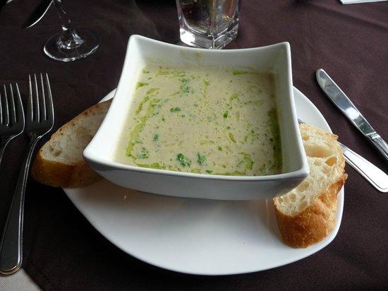 Mateus Bistro: Jerusalem Artichoke Soup - Delicious