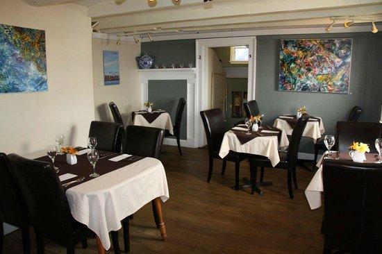 Dining room at Mateus Bistro