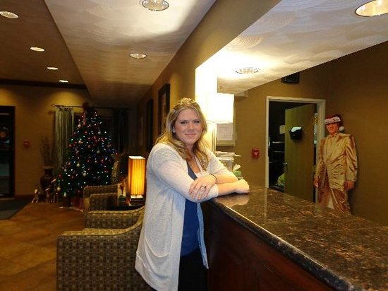Holiday Inn Express Morgantown: Krissy at the front desk