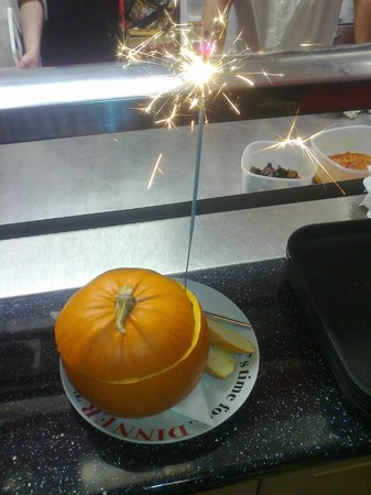 The Diner: HALLOWEEN SPECIAL PUMPKIN SOUP IN A PUMPKIN!!!!!!!!!!