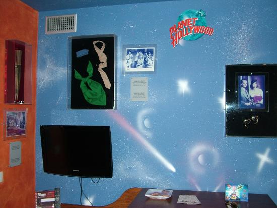 Explorers Hotel: Suite PLANET HOLLYWOOD