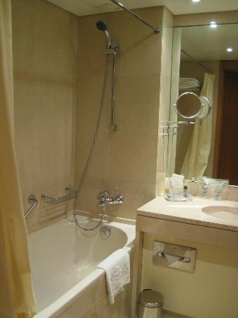 Marques De Pombal Hotel: salle de bain