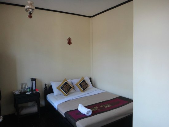 Villa Luang Sokxay: Double room with A/C