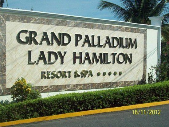 Grand Palladium Jamaica Resort & Spa: first view of hotel