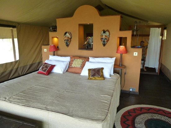 Kilima Camp: Kingsize bed - lovely
