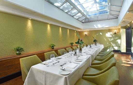 Tiger Green Brasserie: Conservatory Space