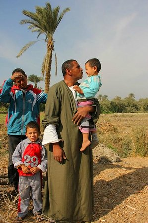 ' Egypt Tailor Made Day Tours: Tea with villagers