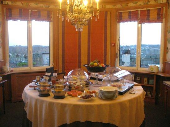L'Yeuse : buffet petit dejeuner
