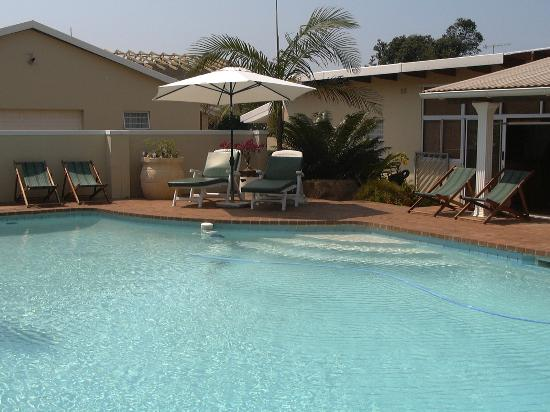 Beachside Guest House : Swimming pool