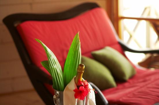 Kuredu Island Resort & Spa: Sulthan Villa Interior