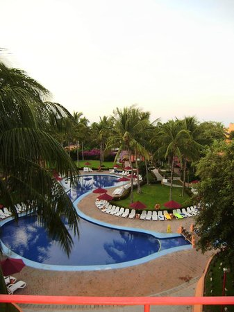 Royal Decameron Complex: 4th floor room block 5. View of adult only pool