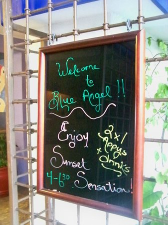 Blue Angel Resort: entry
