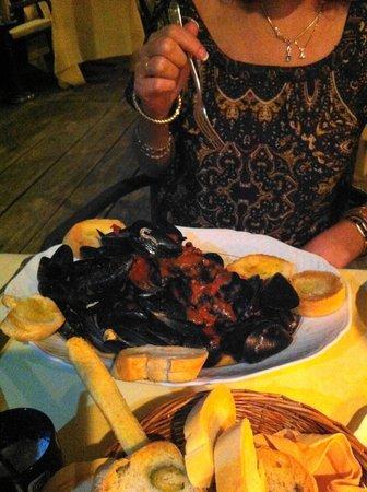 Belmond Hotel Cipriani: Mussels at Cip's Club