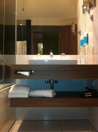 Austria Trend Hotel Doppio Wien: bathroom
