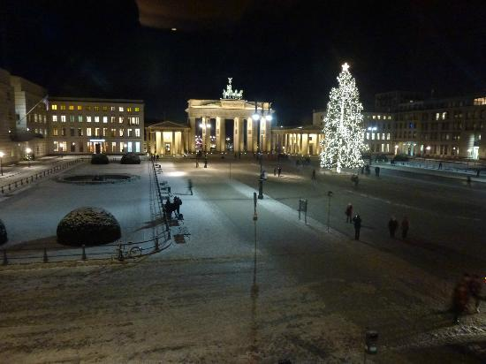 Hotel Adlon Kempinski : View from the wedding room