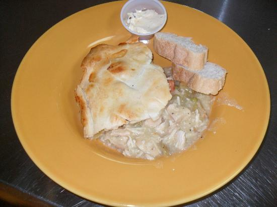 Nani's Restaurant: Homemade Chicken Pot Pie!