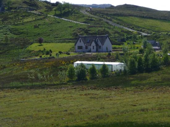 Drumfearn B&B: As viewed from the left of the Drumfearn Road