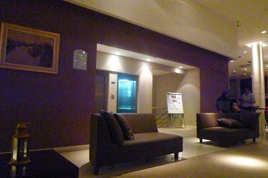 하워드 존슨 호텔 라마요 사진