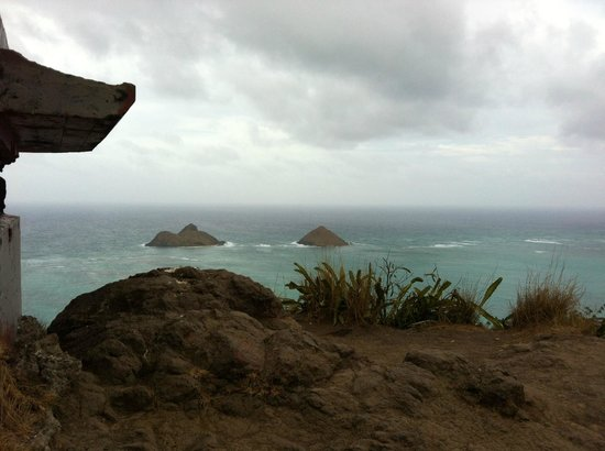 ‪Lanikai Pillboxes‬