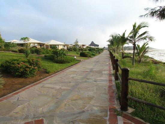Ora Resort Watamu Bay: il viale