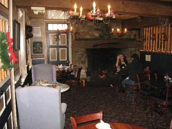 The Fairfield Inn: Dining room