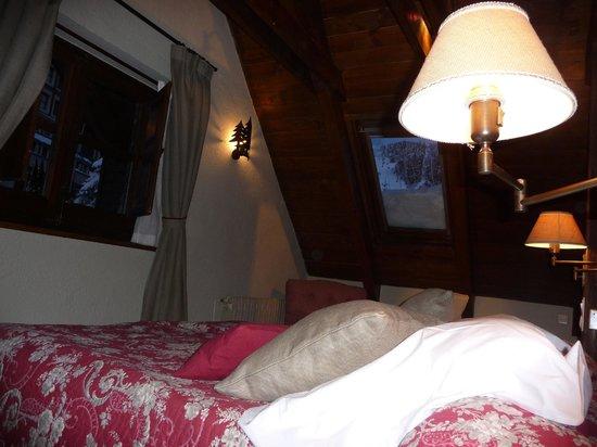 HOTEL CHALET VAL DE RUDA: Cama