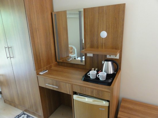 Crescent Hasirci Hotel & Villas: Tea & Coffee facilities