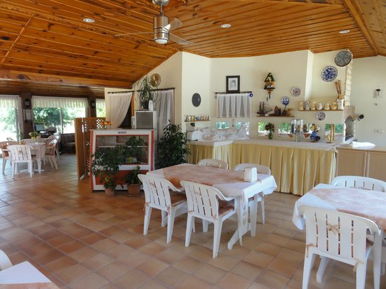 Crescent Hasirci Hotel & Villas: Delightful breakfast room