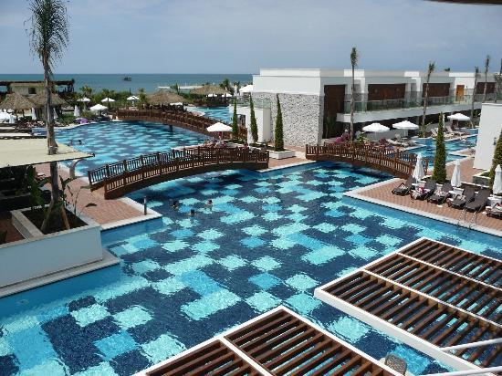 TUI SENSIMAR Belek Resort & Spa: Piscina molto grande