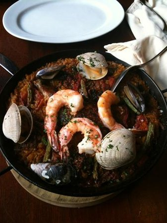 La Rambla Restaurant & Bar: Delicious! The Paella is amazing!