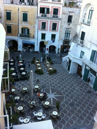 Bar Birecto: Piazza is considered one of the most picturesque in all of Italy