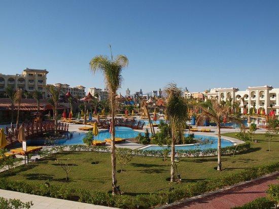 Serenity Fun City: Uitzicht uit kamer