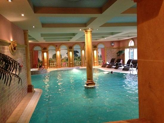 Grosvenor Pulford Hotel & Spa: refreshing roman spa!