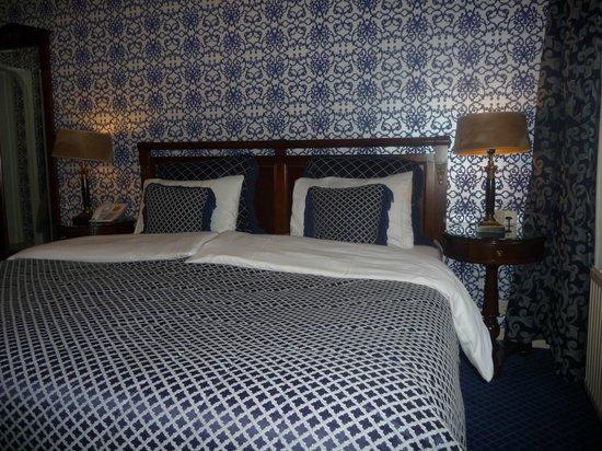 Hotel Estherea: Bedroom