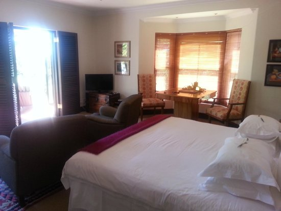 The Hout Bay Hideaway: The Bay suite