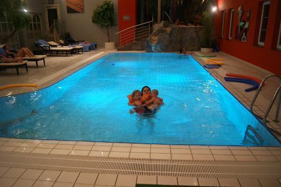 Hotel International : Piscine de l'hôtel
